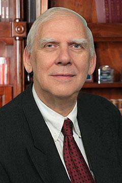 Etienne R. Claes